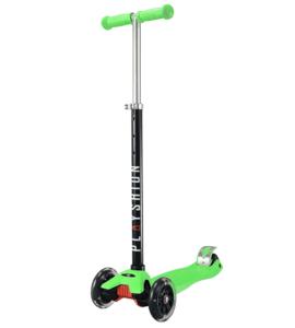 Самокат Макси PLAYSHION со светящимися колесами FS-MS002LG (Зеленый)